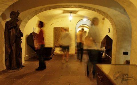 Mumien im Bleikeller des Bremer St. Petri Dom