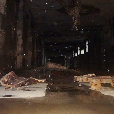 Es regnet in den Bunker und auf die Linse
