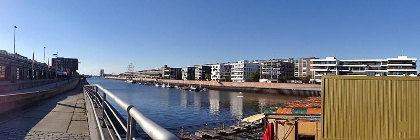 Kurz vor dem Start - die Hafenbar am Europahafen