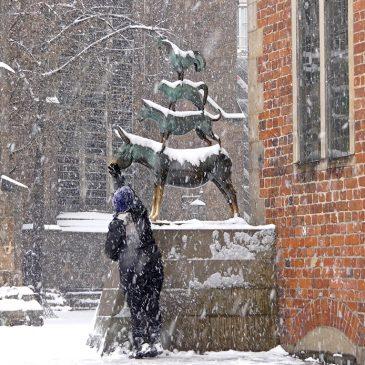 Schneegestöber auf dem Marktplatz