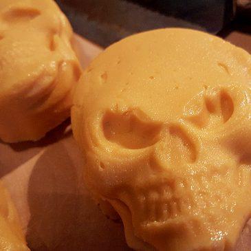 Süßkartoffel-Skull fürs Brot