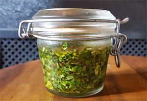 Salatkräuter-Öl