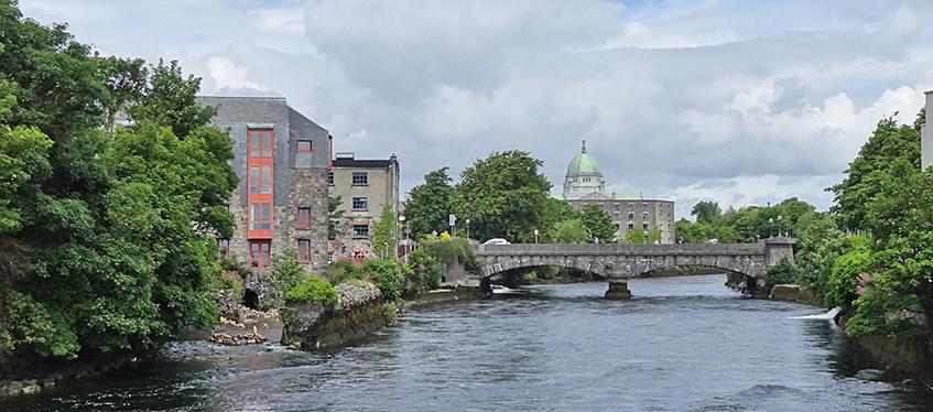 Galway - Blick auf die Kathedrale
