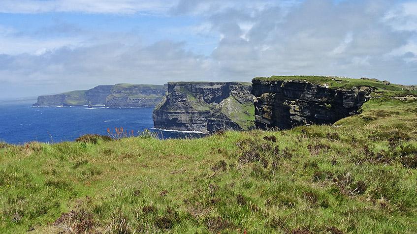 Die Cliffs of Moher - sooo schön!