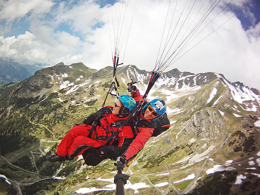 Tandem-Gleitschirmflug am Nebelhorn