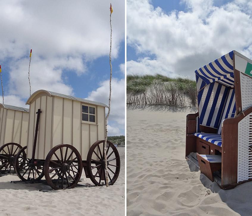 Typisch Norderney: Umkleidewagen und Strandkörbe
