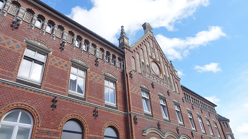 Postamt - eines der schönen Gebäude in Norderney City