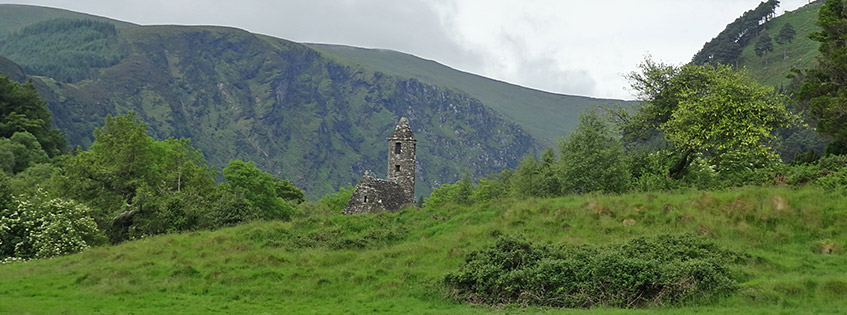 Glendalough in den Wicklow Mountains