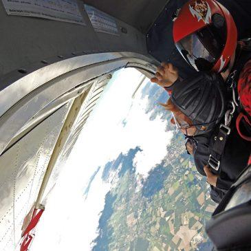 Fallschirmsprung – Adrenalin und Heimatkunde