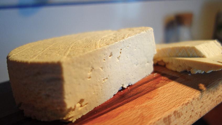 Feinster schnittfester Tofu