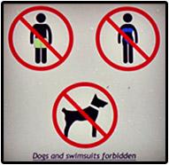 Verbots-Schild an der Kathedrale