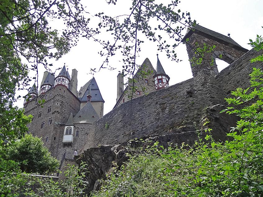 Tschüß, schöne Burg