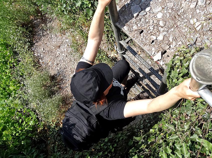 Hoch gehts über Leitern und an Seilen