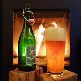 Grünhopfen-Bier an wildem Feuer
