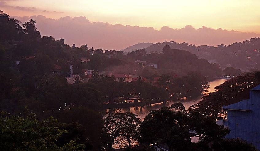 Abendlicher Blick auf Kandy