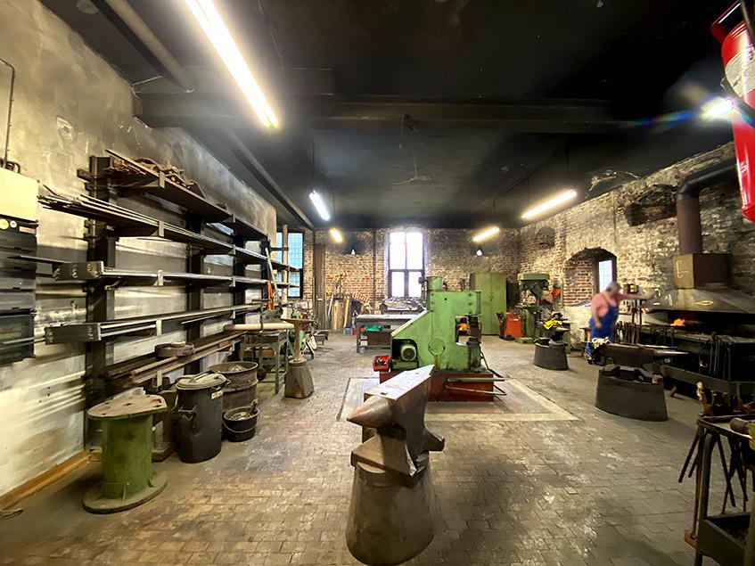 Blick in die Metallwerkstatt